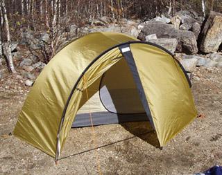 tent_trecrise_dx_01