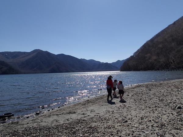 中禅寺湖湖畔