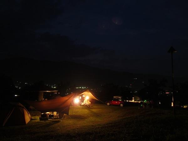 夜の塩沢江戸川荘キャンプ場